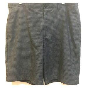 Ben Hogan Men's black and gray checked shorts 34